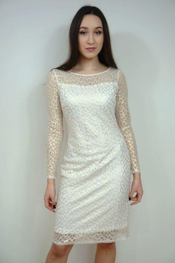 Kremowa sukienka wyszywana złotą nitką