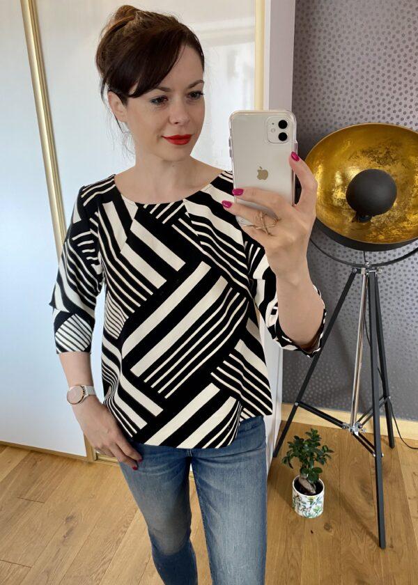 Kopertowa bluzka w biało czarne paski