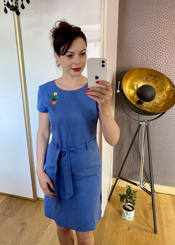 Lniana niebieska sukienka