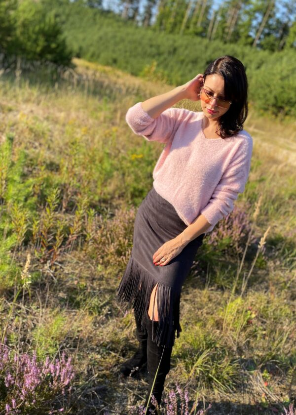 Ciepły sweter alpaka pudrowy róż