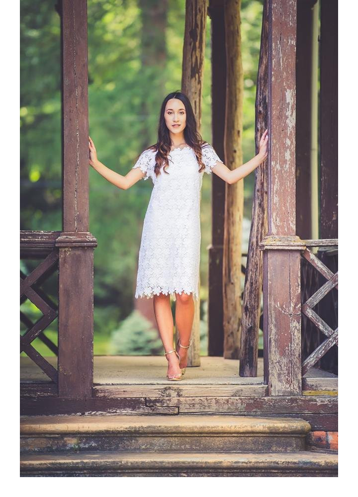 Sukienka koronkowa hiszpanka