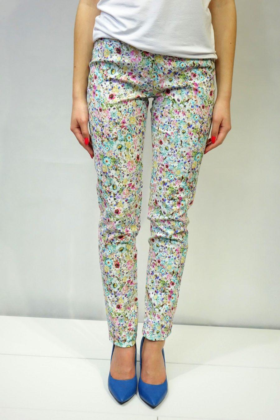 Spodnie w kolorowe jasne kwiaty